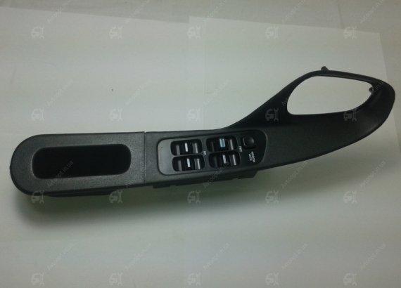 96210780 GENERAL MOTORS Подлокотник Нексия передней двери левый с электро кнопками (GM)