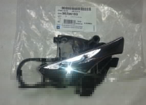 96296169 GENERAL MOTORS Ручка двери внутренняя Нубира 2 передняя правая ХРОМ (GM)